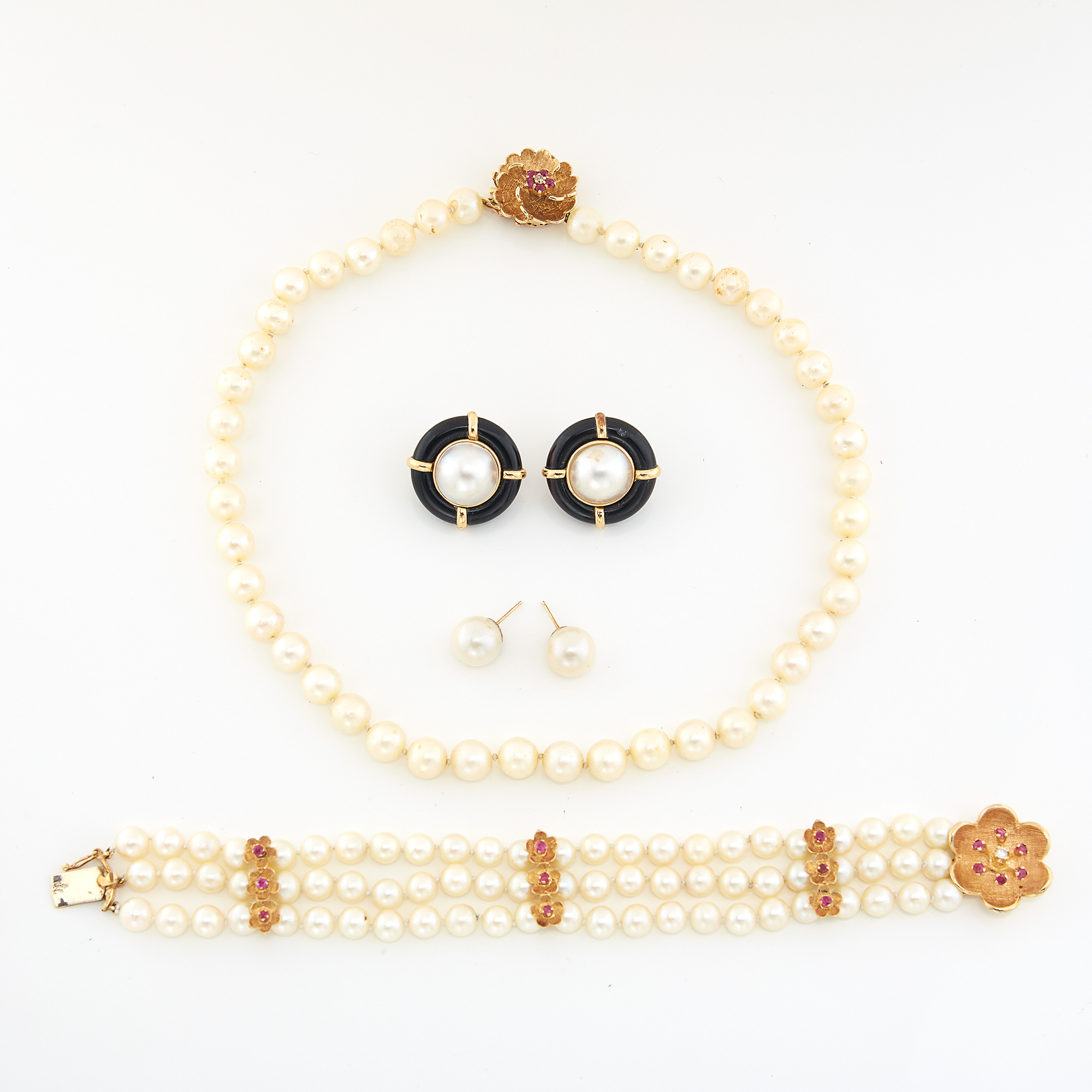 Lot image - Group of Gold and Cultured Pearl Jewelry