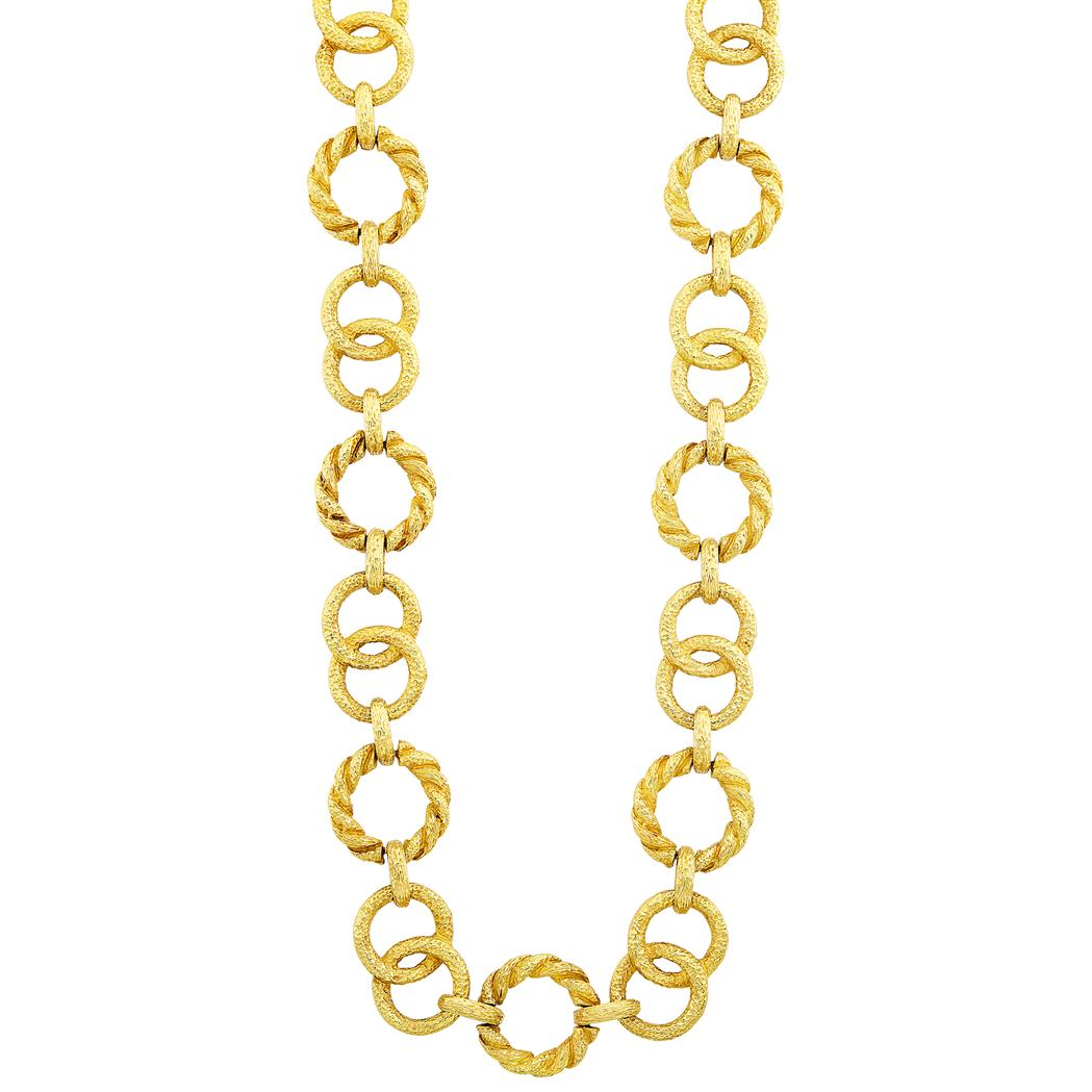 Lot image - Long Gold Link Necklace