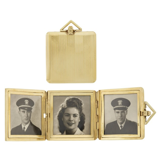 Gold Tri-fold Picture Frame Pendant-Locket