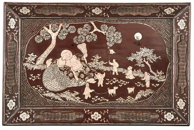Chinese Brown Lacquer Tray with Mother-of-Pearl Inlay