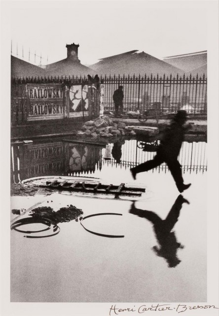 CARTIER-BRESSON, HENRI (1908-2004)  Behind the Gare Saint-Lazare,