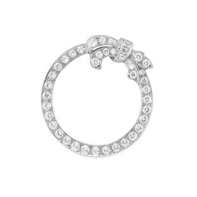 Diamond Circle Bow Brooch Bailey Banks Biddle For Sale At Auction On Tue 12 08 2009 07 00 Important Estate Jewelry Doyle Auction House