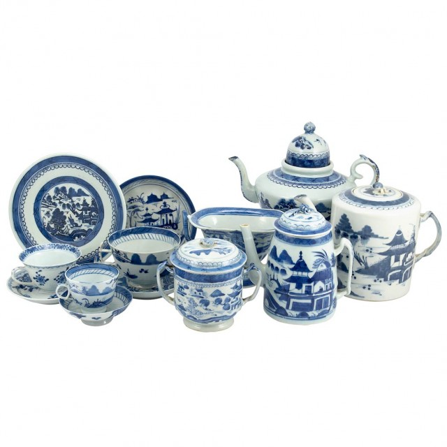 Group of Canton Blue and White Porcelain Tea and Coffee Articles