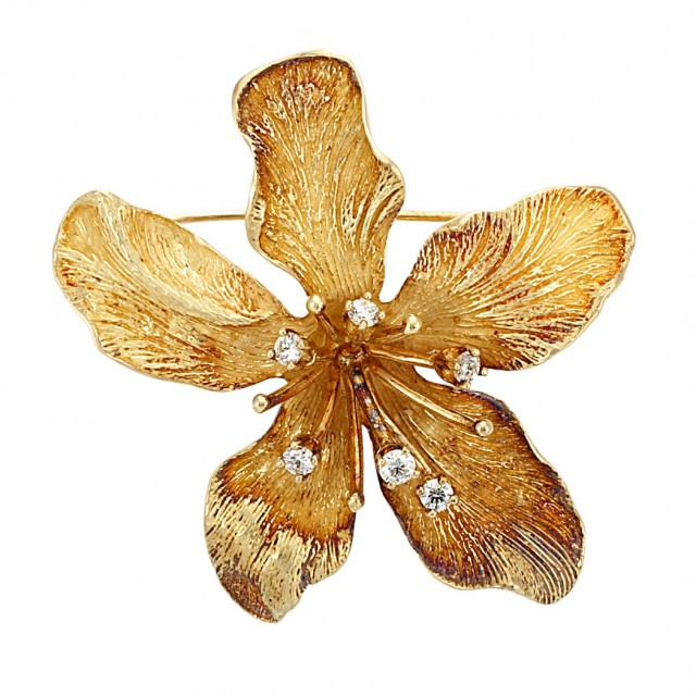 7485ab49940 Gold and Diamond 'Dahlia' Flower Brooch, Tiffany & Co. for Sale at ...