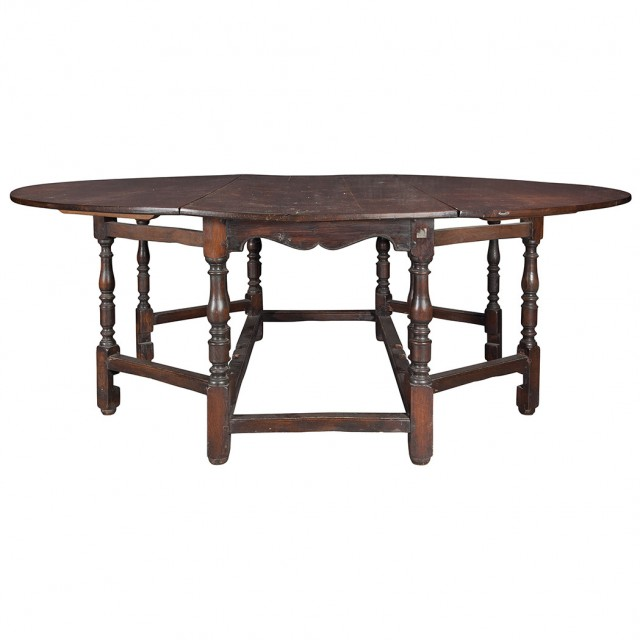 English William And Mary Oak Gate Leg Dining Table For
