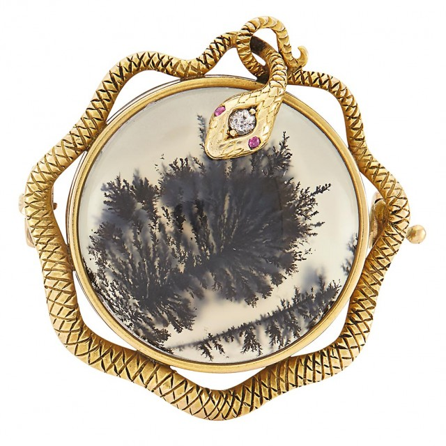 Fabergé Jeweled Gold-Mounted Moss Agate Brooch