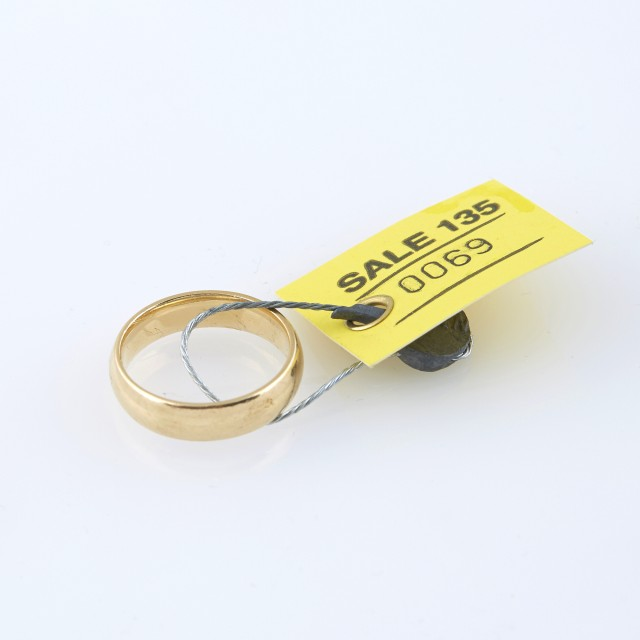 Gold Wedding Ring, 14K 5 dwt.