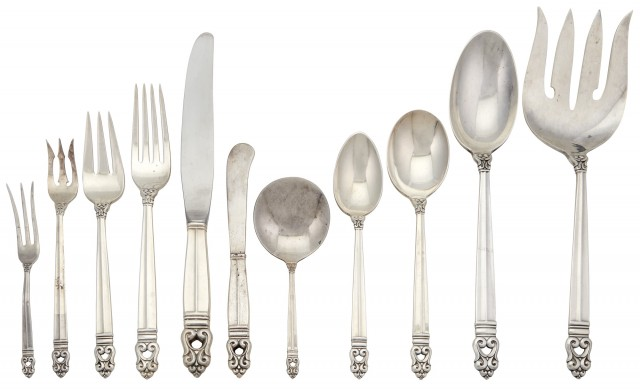 International Silver Company Sterling Silver Royal Danish Pattern Flatware Service for Eight