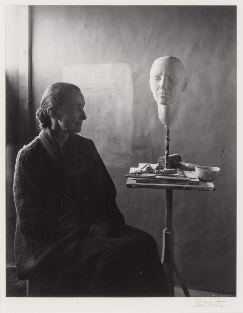 PORTER, ELIOT (1901-1990)  Georgia O\'Keeffe with bust by Mary Callery, Ghost Ranch, NM