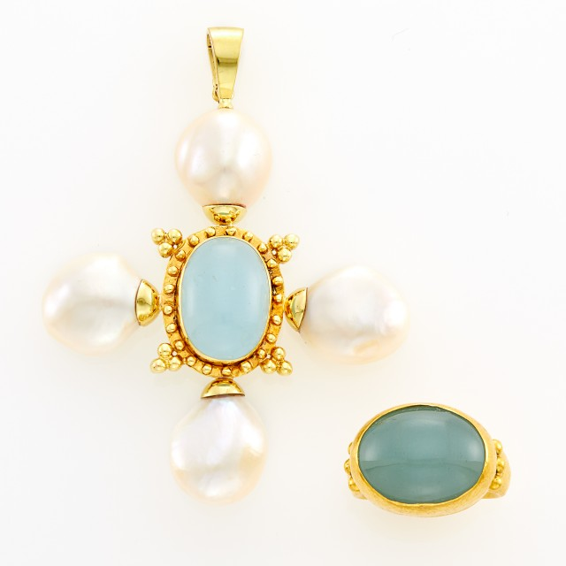 Gurhan Hammered Gold and Chalcedony Ring and Maz Gold, Chalcedony and Baroque Cultured Pearl Pendant