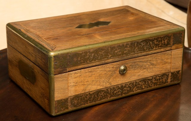 Victorian Brass Inlaid Rosewood Humidor