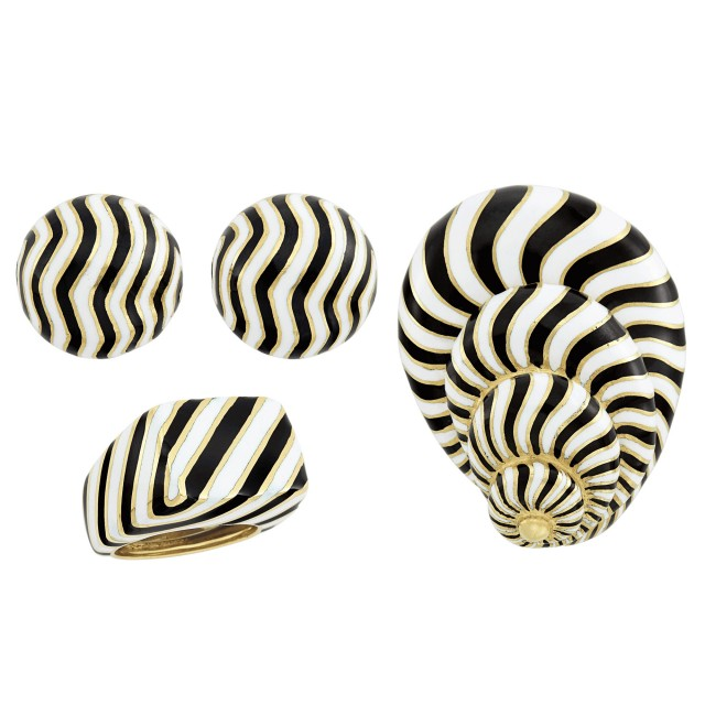 Suite of Gold and Black and White Enamel Jewelry, David Webb