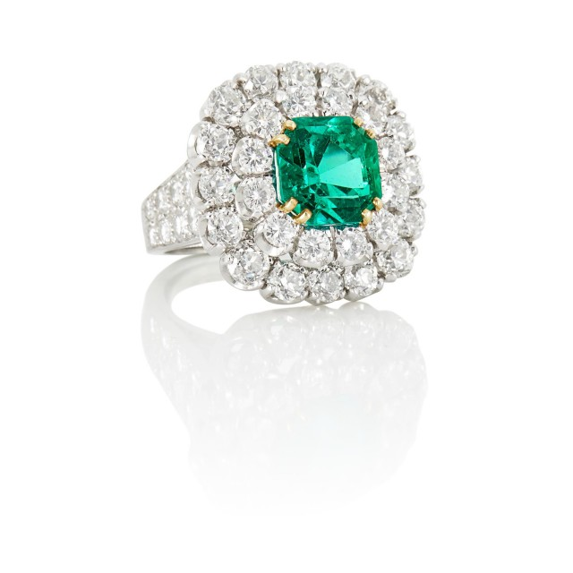 David Webb Platinum, Gold, Emerald and Diamond Ring