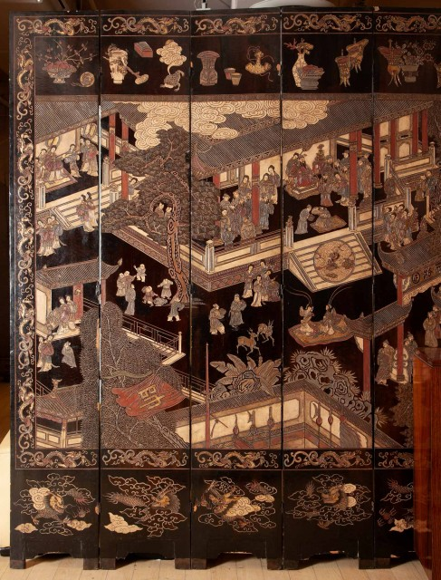 Chinese Polychrome-Decorated Coromandel Lacquer Eight-Panel Screen