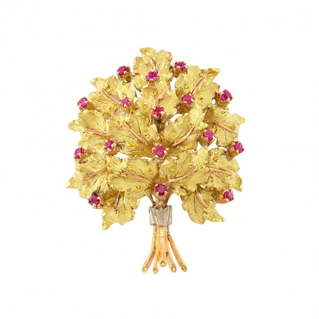 Tricolor Gold and Ruby Clip-Brooch, Buccellati