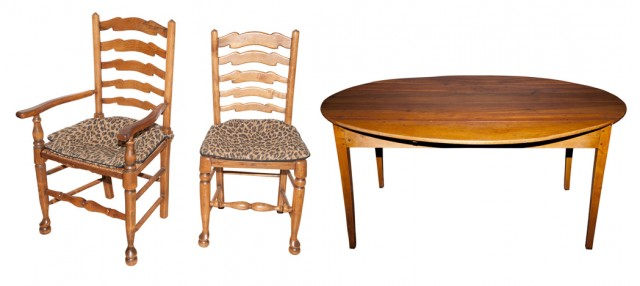French Provincial Style Fruitwood Dining Table Doyle
