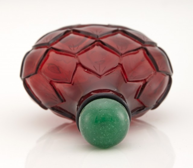 Chinese Ruby Glass 'Lotus' Snuff Bottle