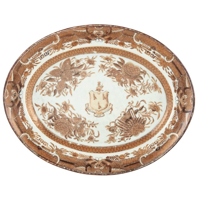 Chinese Export Brown Fitzhugh Armorial Porcelain Platter From the Manigault Service