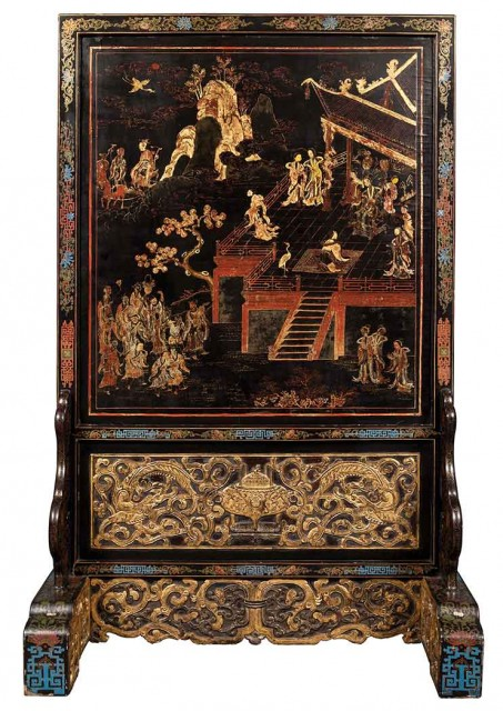 Chinese Gilt and Polychrome Lacquer Carved Wood Screen