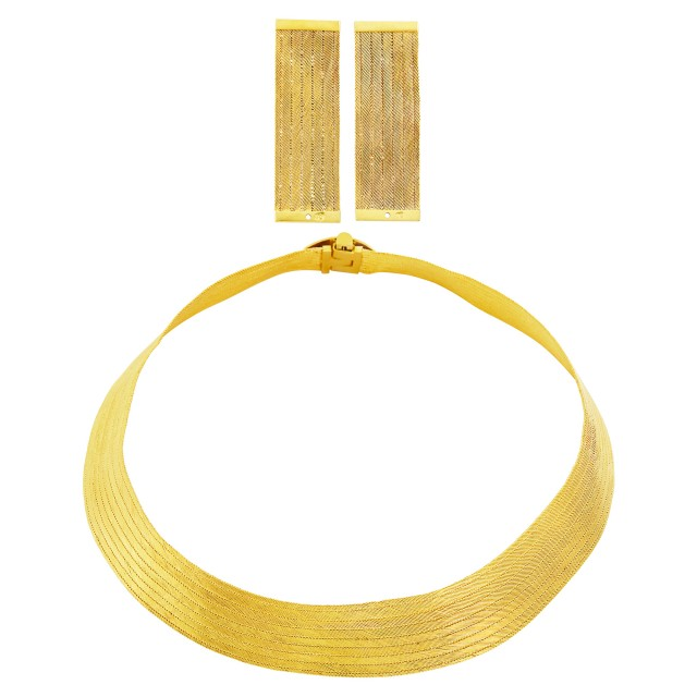 High Karat Gold Mesh Necklace and Pair of Earrings