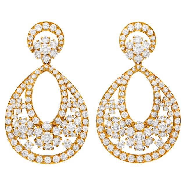 Van Cleef & Arpels Pair of Gold and Diamond 'Snowflake' Pendant-Earclips