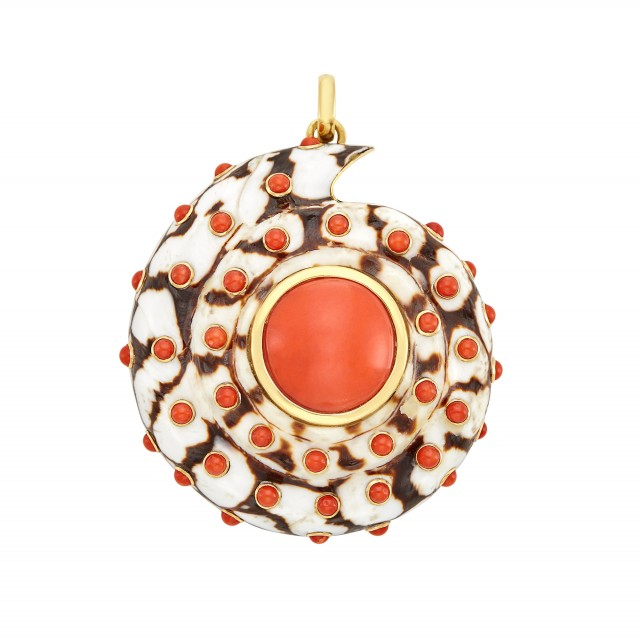 Gold, Shell and Coral Pendant, Trianon for Giulio Verones