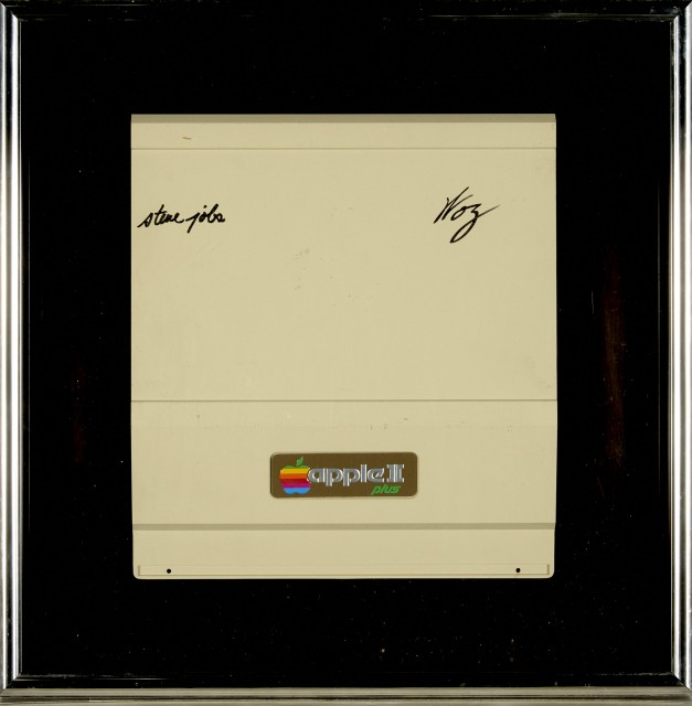 "[JOBS, STEVE and STEVE WOZNIAK]  Signed lid from an Apple II Plus computer, signed by Steve Jobs and Steve Wozniak (signing as ""Woz"")."
