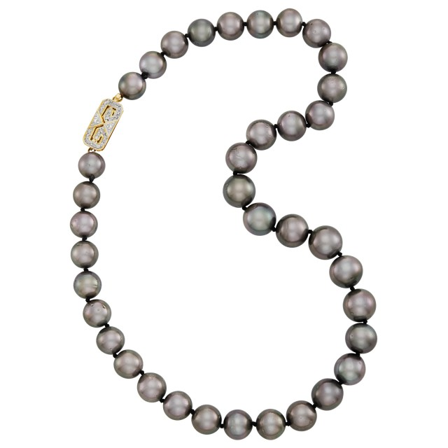 Gray Cultured Pearl Necklace with Gold and Diamond Clasp