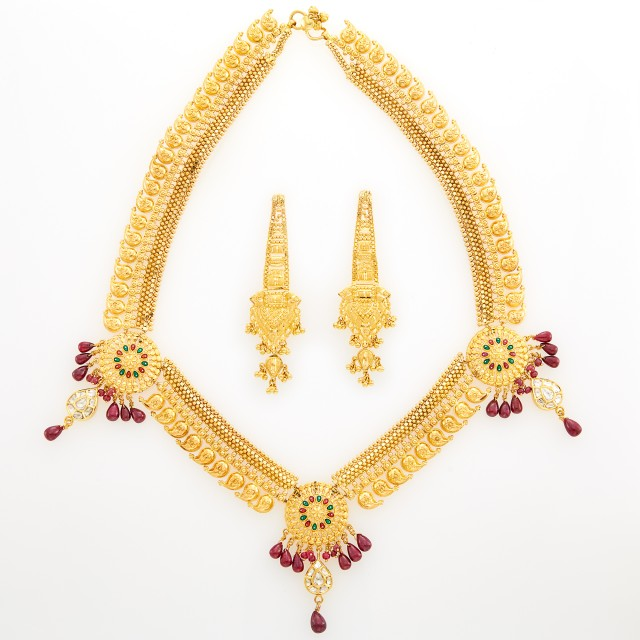Indian High Karat Gold, Foil-Backed Diamond and Ruby Bead Necklace and Pair of Gold Pendant-Earrings