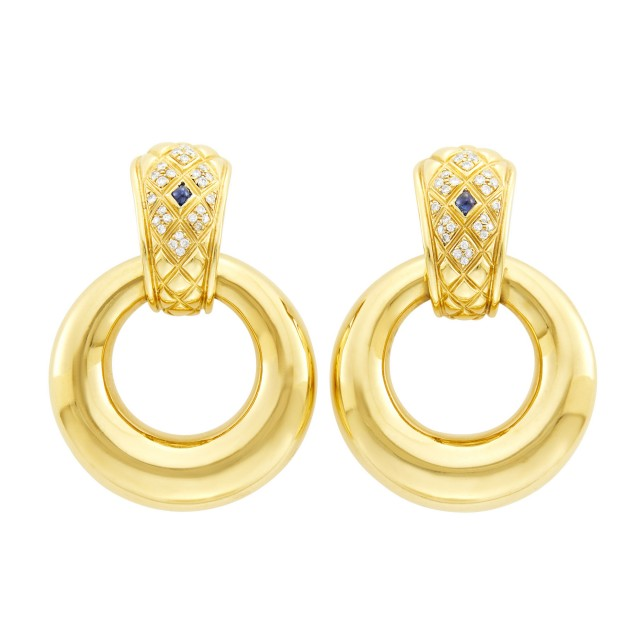 Chaumet Paris Pair of Gold, Diamond and Cabochon Sapphire Door Knocker Earclips