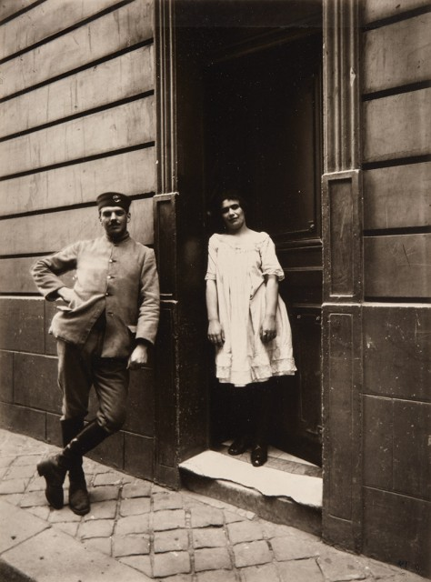 Berenice Abbott and Eugene Atget, Couple standing